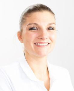 Dr. Tara Serbesis Ärzteteam